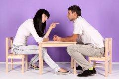Правильно решить конфликт нужно в спокойной обстановке за душевным разговором