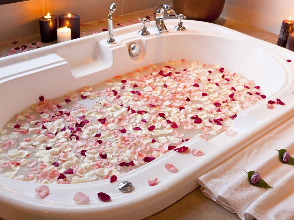 Секс в ванне сюрприз любимому